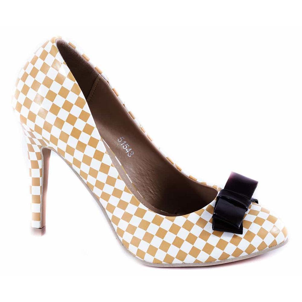 Pantofi bej cu toc 51543B