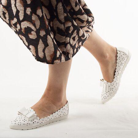 Pantofi de dama, cu talpa joasa, albi LM95A-WHITE, Marime: 36*, imagine