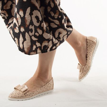 Pantofi de dama, lacuiti, cu talpa joasa, nude LM95-NUDE, Marime: 36*, imagine